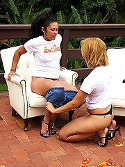 Latina babe fisting and footing her sexy girlfriend outdoors