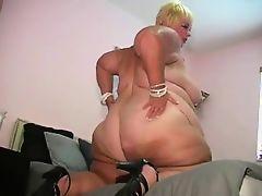 Huge Pear Fucked