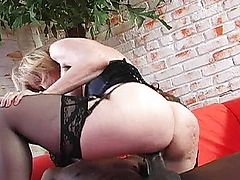 Negros e Loiras - Nina Hartley