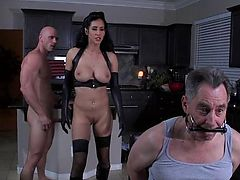 Brazzers - Isis is one hot dominatrix