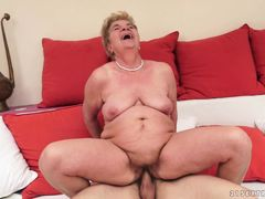 21Sextreme Video: Granny Licks a Dick