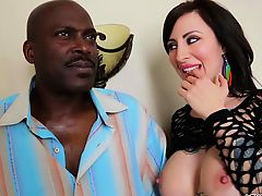 Tattooed bombshell Dollie Darko takes jumbo ebony cock